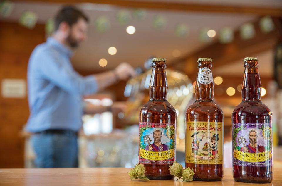 3 bouteilles de la bière La Saint Pierre